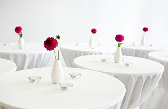 single-peony-centerpieces-white-vase (545x356, 29Kb)
