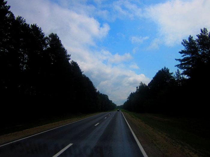 Белорусские дороги 07 (700x525, 77Kb)