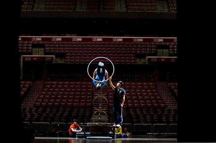 Cirque du Soleil Dralion 2 (700x464, 45Kb)
