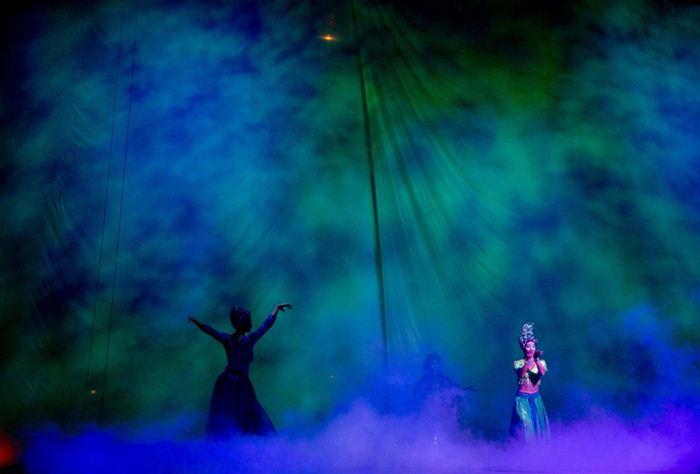 Cirque du Soleil Dralion 14 (700x474, 30Kb)