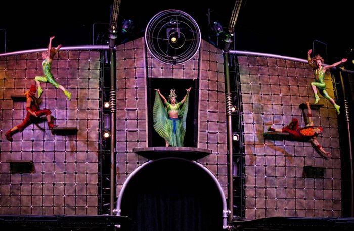 Cirque du Soleil Dralion 18 (700x457, 70Kb)