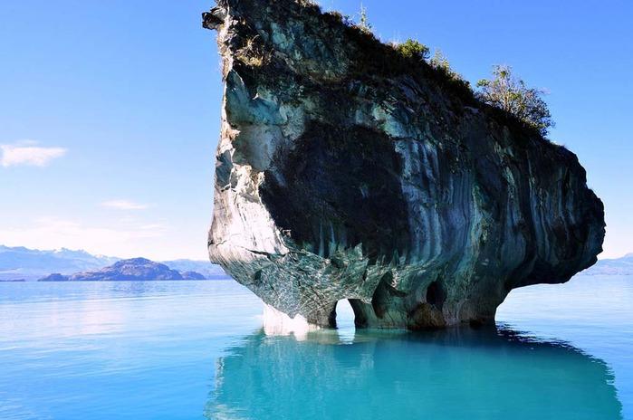мраморные пещеры патагонии 1 (700x464, 86Kb)