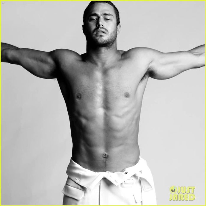 lady-gaga-taylor-kinney-fake-married-in-you-and-i-fashion-video-03    Taylor Kinney You And I