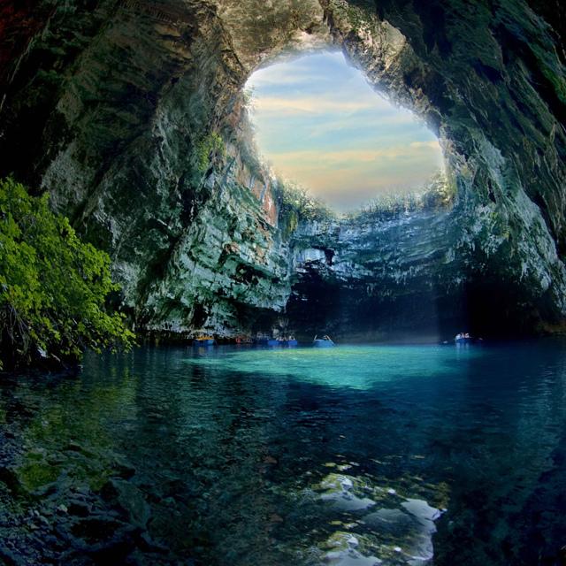 Melissani Cave (7) (640x640, 271Kb)