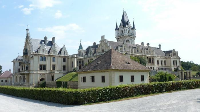 Замок Графенегг - романтичная драгоценность. 30683
