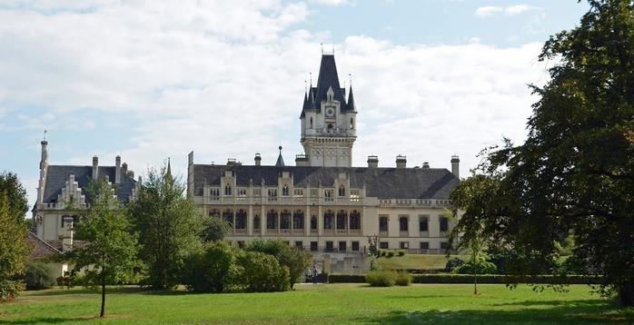 Замок Графенегг - романтичная драгоценность. 14822