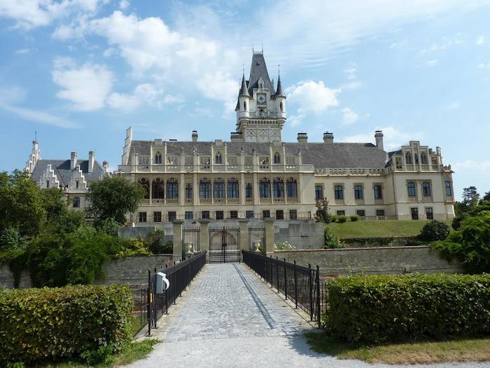 Замок Графенегг - романтичная драгоценность. 64054