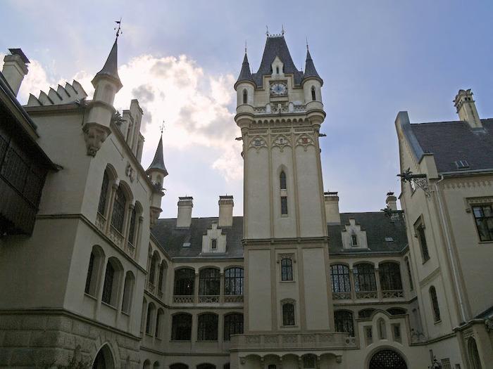 Замок Графенегг - романтичная драгоценность. 88459
