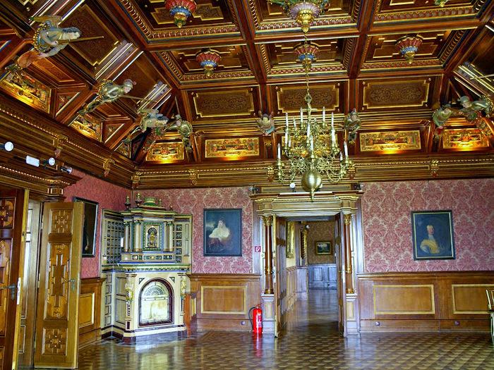 Замок Графенегг - романтичная драгоценность. 61673