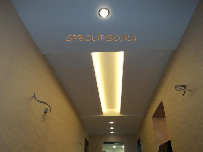 potolok Clipso v koridore (700x525, 83Kb)