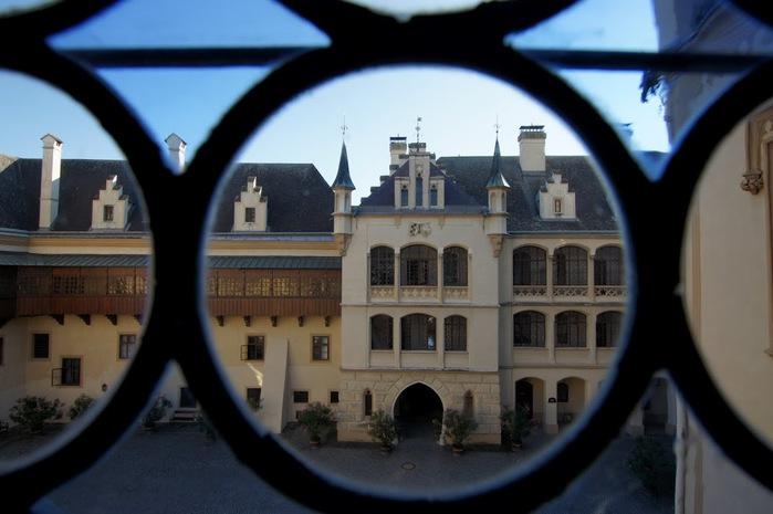 Замок Графенегг - романтичная драгоценность. 21755