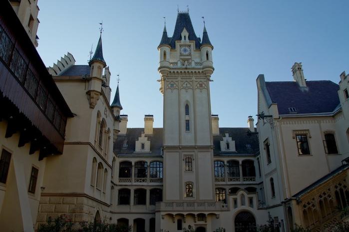 Замок Графенегг - романтичная драгоценность. 29208