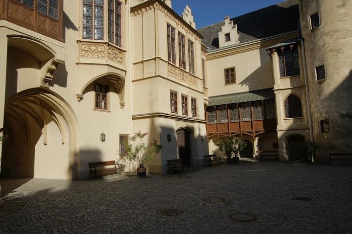 Замок Графенегг - романтичная драгоценность. 23368