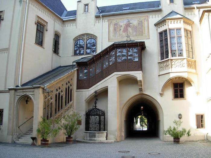 Замок Графенегг - романтичная драгоценность. 13646