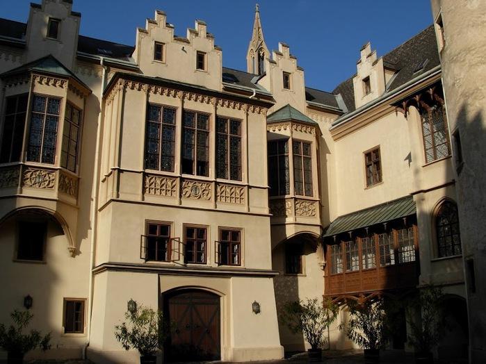 Замок Графенегг - романтичная драгоценность. 43500
