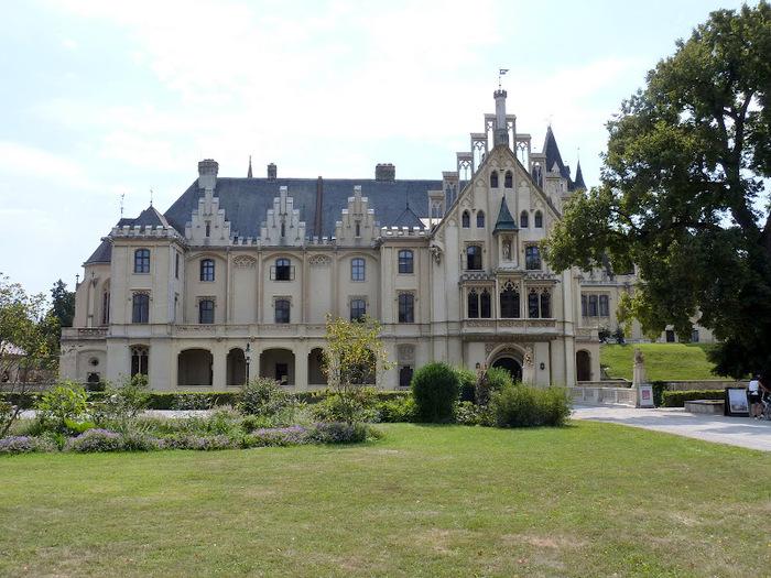 Замок Графенегг - романтичная драгоценность. 95935