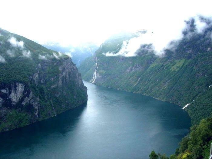 Фьорды Норвегии 16 (700x525, 54Kb)