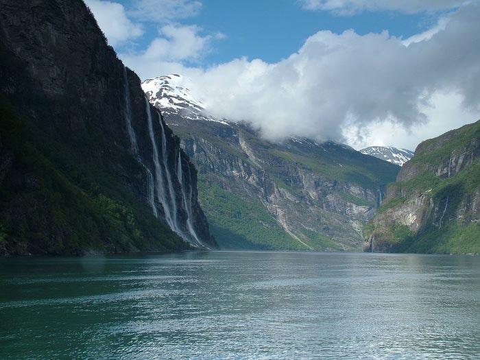 Фьорды Норвегии 23 (700x525, 69Kb)