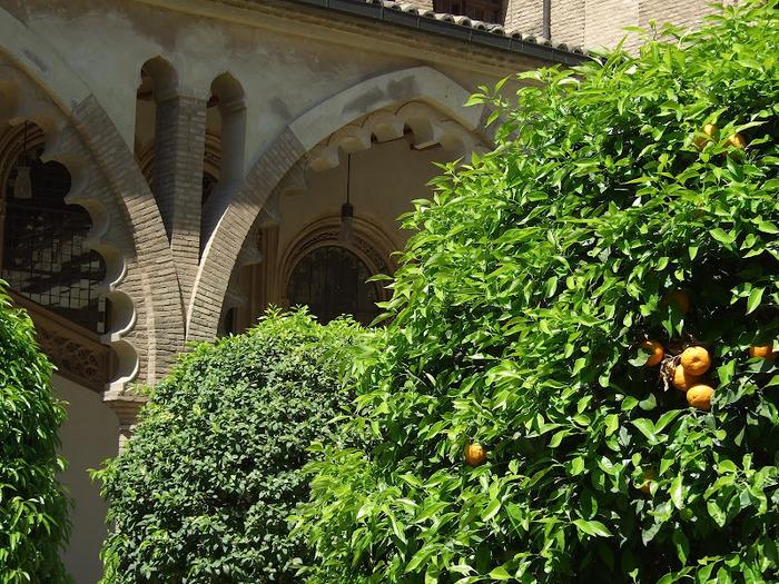 Замок Альхаферия (Castillo de Aljaferia) - жемчужинa испанского исламского наследия 33905