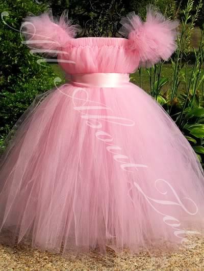 какое платье одеть на свадьбу для полных