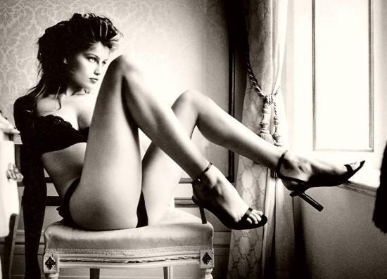Rockabilly-Tremendo-Wooman-Sexy-Pictures-woman-b-w-black-and-white-photography-Links-CZARNO-BIAЕЃE-sexy-sensual-first-faves-Destinys-my-pics_large (550x397, 58Kb)