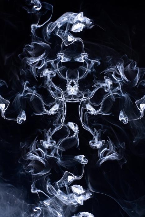 красивые фото дым и огонь 1 (466x700, 237Kb)