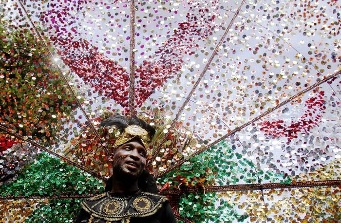 london_carnival_1 (700x458, 191Kb)
