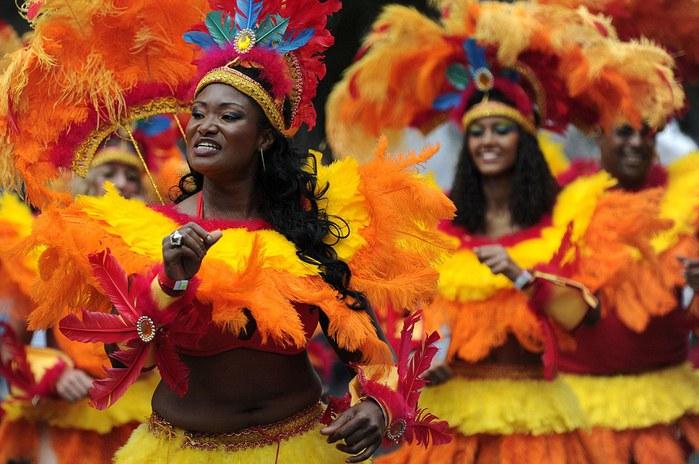 london_carnival_12 (700x464, 94Kb)