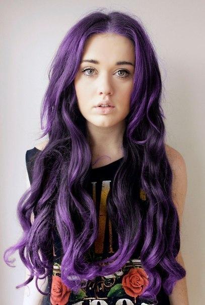 Девушки с фиолетовыми волосами