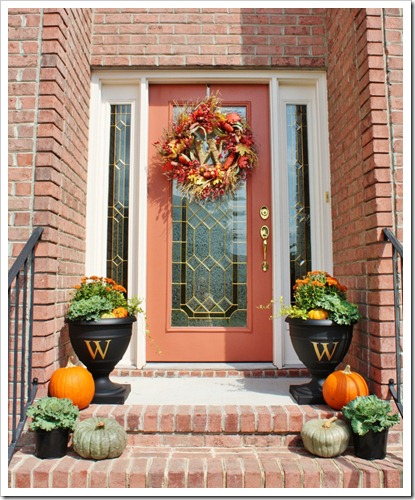 fall-front-porch-decorating-ideas-4 (415x500, 91Kb)