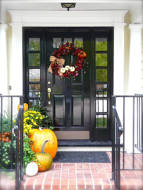 fall-front-porch-decorating-ideas-5 (480x640, 130Kb)