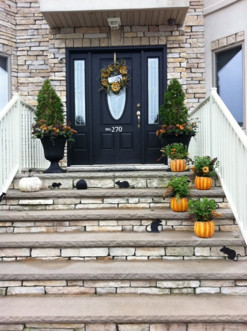fall-front-porch-decorating-ideas-014-500x669 (500x669, 106Kb)