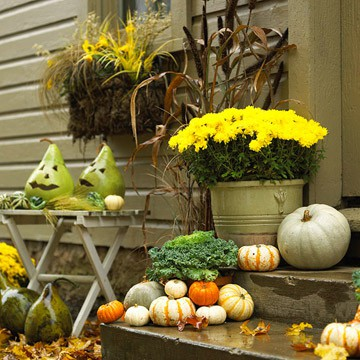 fall-front-porch-decorating-ideas-00021 (360x360, 54Kb)