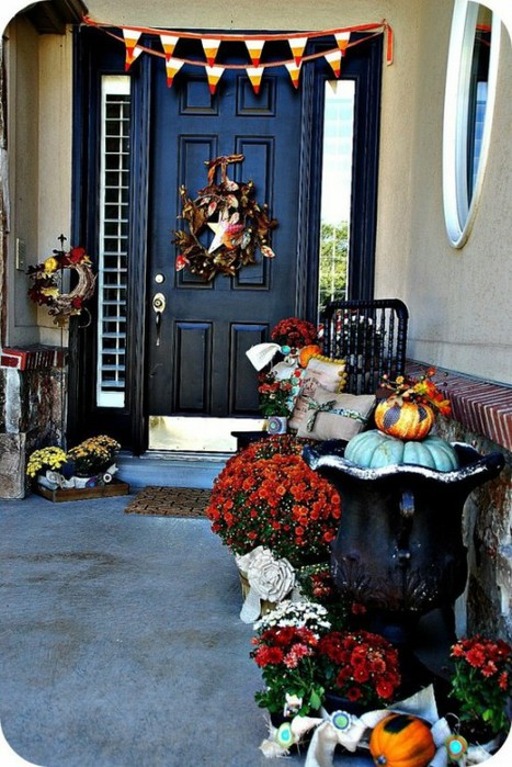 fall-front-porch-decorating-ideas-00025-500x748 (467x700, 117Kb)