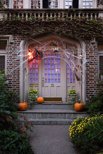 fall-front-porch-decorating-ideas-90 (335x500, 54Kb)