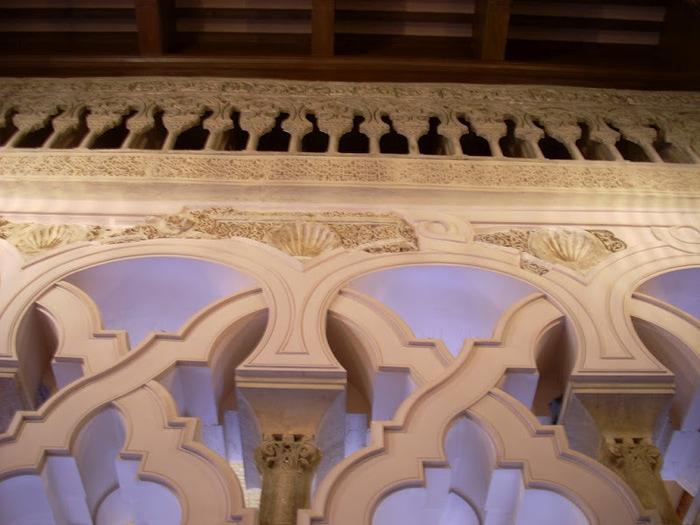 Замок Альхаферия (Castillo de Aljaferia) - жемчужинa испанского исламского наследия 86391