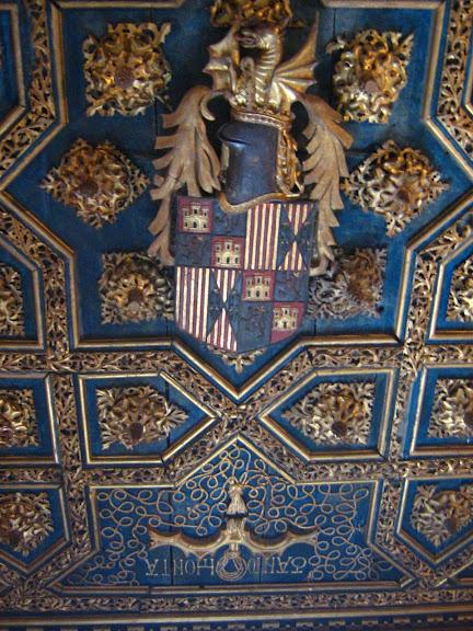 Замок Альхаферия (Castillo de Aljaferia) - жемчужинa испанского исламского наследия 18331