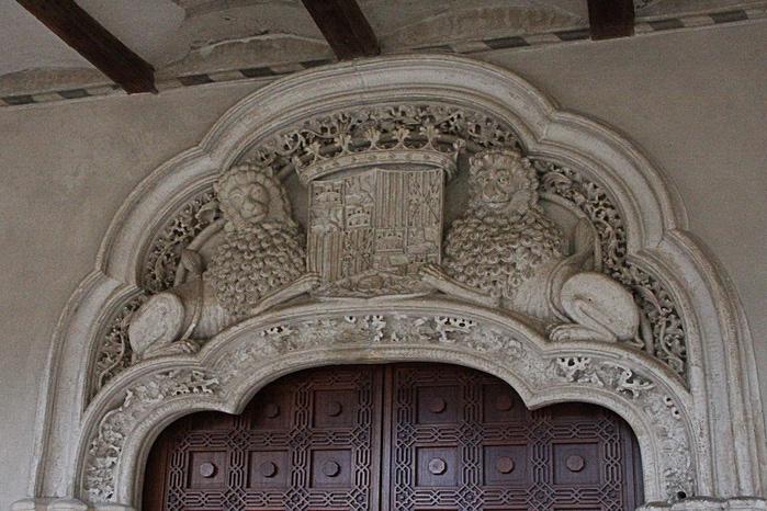 Замок Альхаферия (Castillo de Aljaferia) - жемчужинa испанского исламского наследия 63579