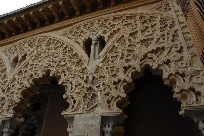 Замок Альхаферия (Castillo de Aljaferia) - жемчужинa испанского исламского наследия 12229