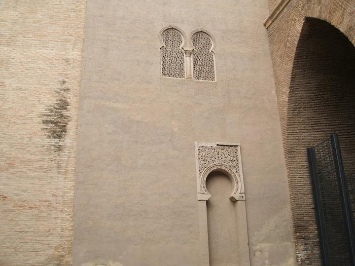 Замок Альхаферия (Castillo de Aljaferia) - жемчужинa испанского исламского наследия 19128