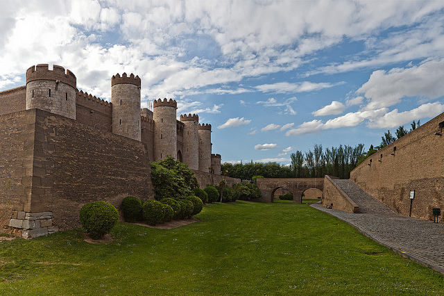 Замок Альхаферия (Castillo de Aljaferia) - жемчужинa испанского исламского наследия 64714