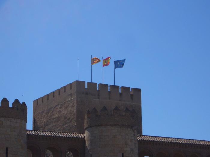 Замок Альхаферия (Castillo de Aljaferia) - жемчужинa испанского исламского наследия 33193