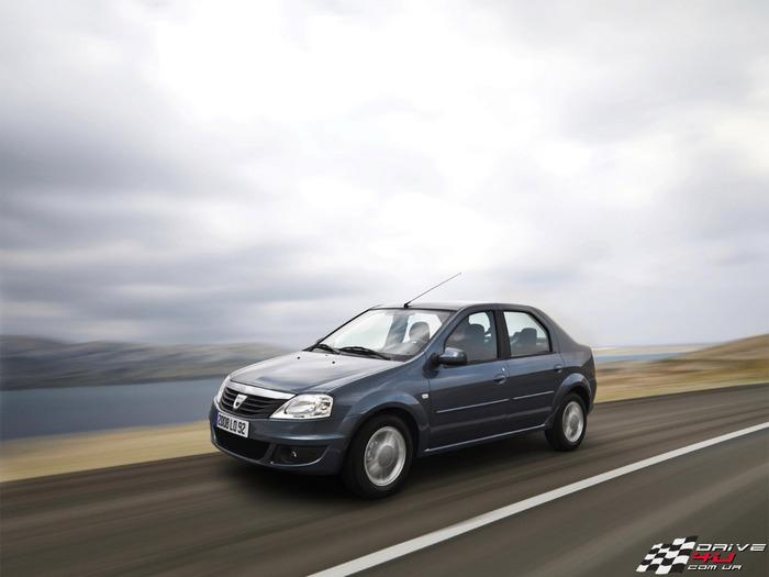 Dacia_Logan_2009_drivex1600x1200 (700x525, 61Kb)