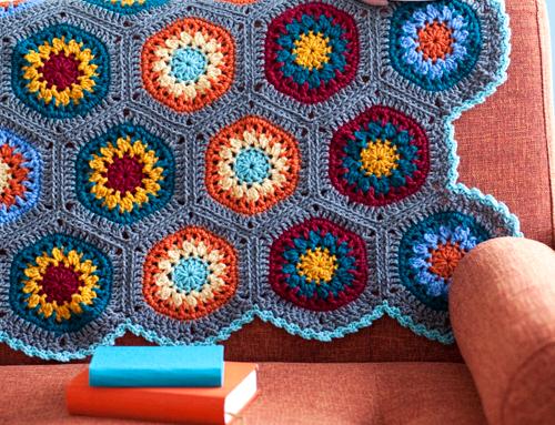 Cabo en una silla \ sofá de punto de ganchillo de motivos hexagonal / 4683827_20120830_051027 (500x383, 274KB)