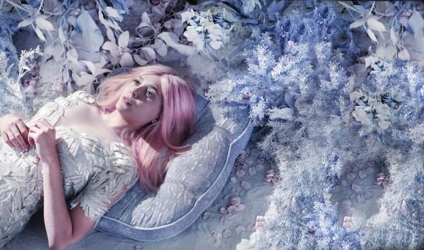 elizabeth-olsen-pink-hair-bullett-07 (600x354, 92Kb)