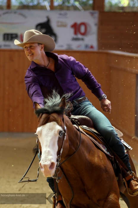 676813_SVAG_CS_Classic_Celebrity_Reining_2012_3544_jul2012 (465x700, 220Kb)