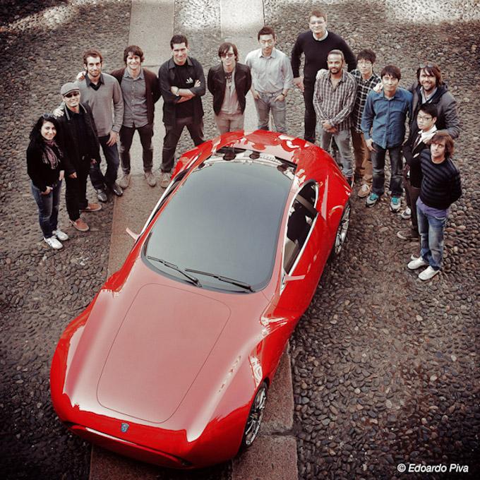 Ferrari (680x680, 276Kb)