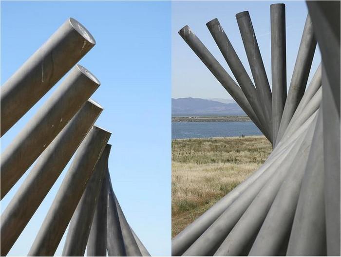 Необычные скульптуры из труб 20 (700x528, 77Kb)