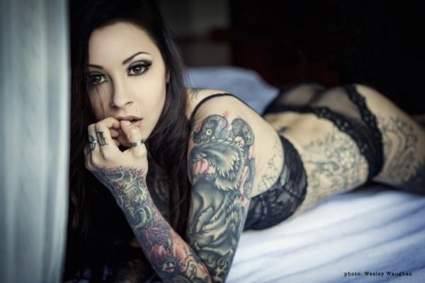 Картинки девушки татуировки красивые