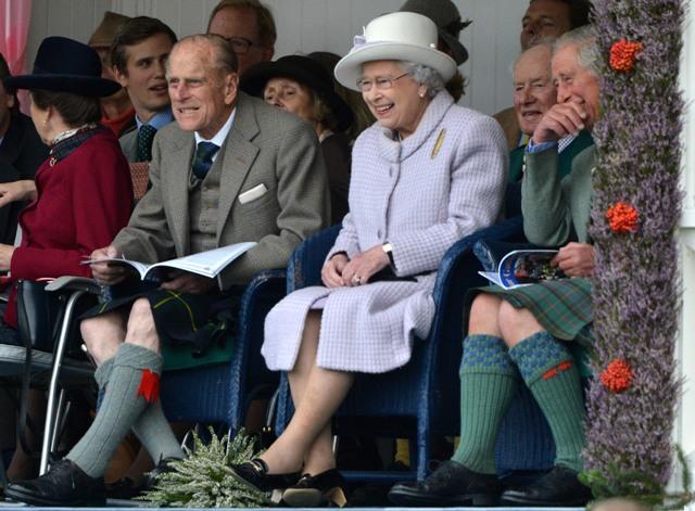 Порно фото королевской семьи великобритании 31727 фотография
